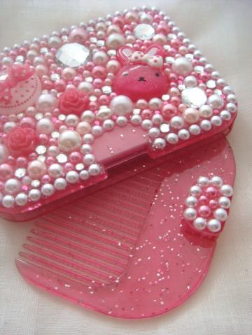 Kawaii pink bunny deco mirror with comb