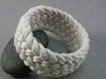 white cotton knot bracelet 948