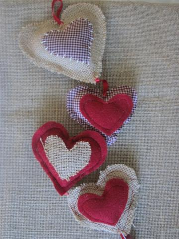 Valentines Hearts - Burlap and Felt by Le Beach Shack