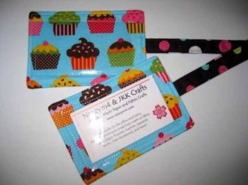 TAG A BAG - 2 Fabric Luggage ID Tags - CUPCAKES.  Available on Pink, too.