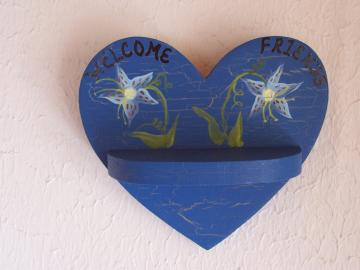 Blue Heart Shelf-Welcome Friends