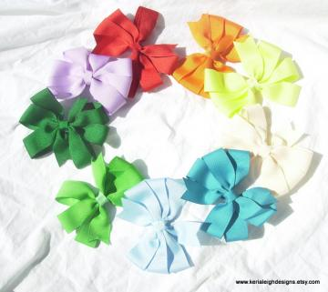 Boutique Pinwheel Bow