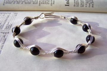 Black Onyx Bracelet Wire Wrapped Herringbone