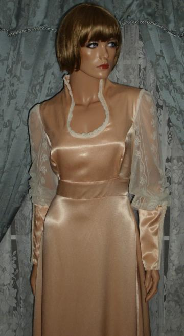 Vintage Gunne Sax Sateen Renaissance Dress in Peach Large Size!