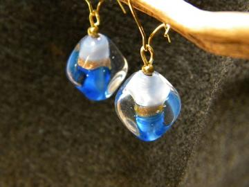 Clear with Dark and Light Blue Separated by a Gold Band Glass Bead Earrings