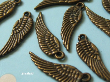 40 pcs of Tibetan Antique Bronze Angel Wing Charm