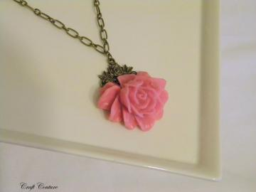 Sophia Necklace in Pink