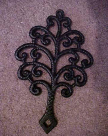 Vintage - Cast Iron Family TREE Trivet Iron Art 9X5