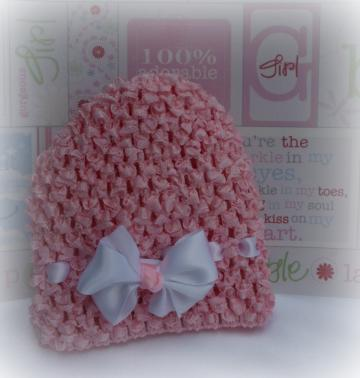 Newborn Crocheted Beanie w/ detachable bow