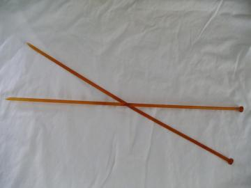 Vintage Amber Clear Plastic Knitting Needles Size # 7