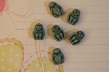 Torquiose/Black Monkey Beads 6pcs