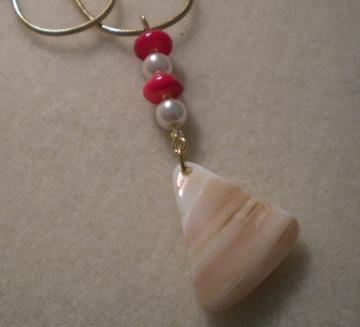 Shell and Red Coral Necklace