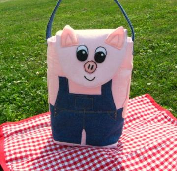 Piggy Wiggy Woo / Pig In Overalls Lunch Bag