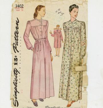 Nightgown pattern by Simplicity 1402 in Size 18- Bust 36 - dated 1945