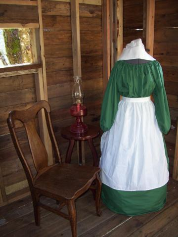 Ladies Colonial Dress Costume Civil War Pioneer Prairie -New