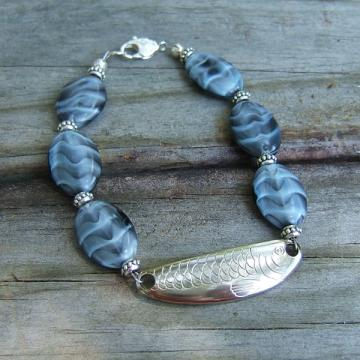 Blue and Black Bead Minnow Spoon Bracelet