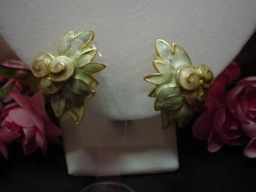 Vintage Lovely Pastel Earrings