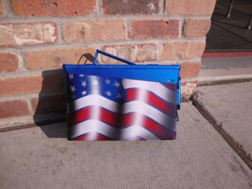 ammo can with an airbrushed flag