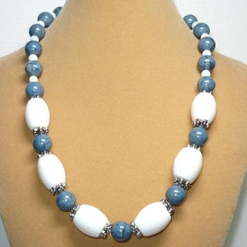 Chunky White &amp; Blue Coral 19 1/2&quot; Necklace Set