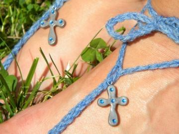 Blue Faith - show your faith with blue rhinestones and grey cross Toekini- barefoot sandal