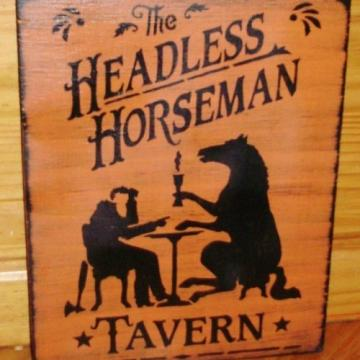 Sleepy Hollow primitive Halloween Sign Headless Horseman Tavern signs plaques Decorations horses Props new york samhain rustic