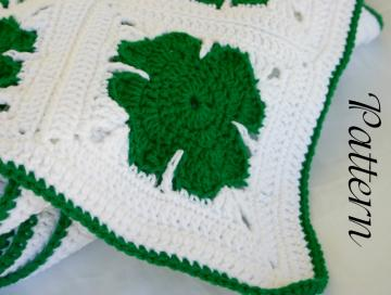Crochet Shamrock Magnet - DIY Craft Project Instructions