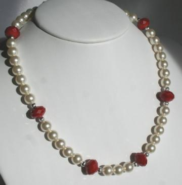 Swarovski Creamy Rose Pearl & Red Velvet Crystal Necklace & Earrings