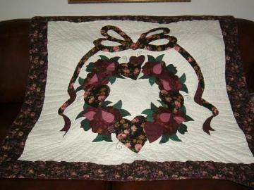 COUNTRY ROSE WALL HANGING