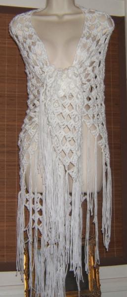 CROCHET TRIPLE CLUSTER SHAWL