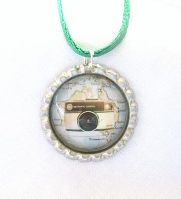 Camera Australia Map Bottlecap Pendant