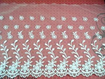 "1 Yard of 7"" Embroidered Lace, White (EN-03)"