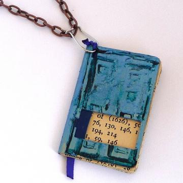 Dr Who River Song Diary Book Pendant