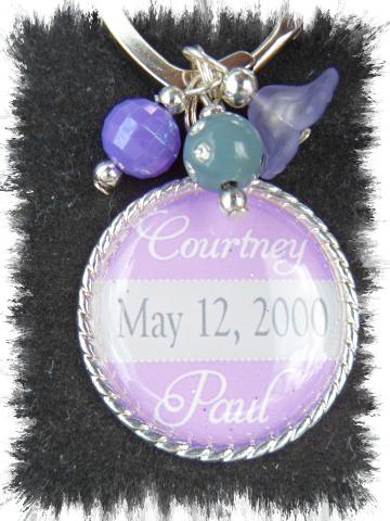 Personalized Wedding/Engagement keychain favor