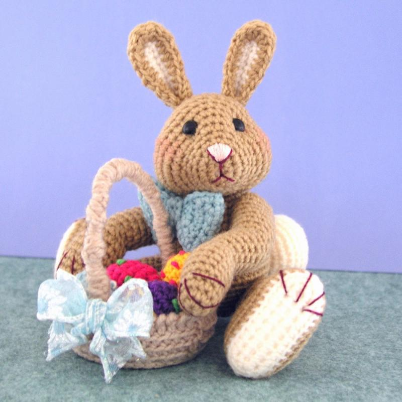 How to Crochet an Easter Egg « Crafts « Zoom Yummy