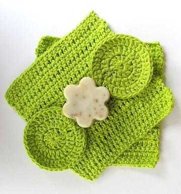 Lime Green Wash Cloths Plus 2 Face Scrubbies