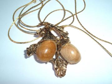 Vintage Handmade Myrtlewood Necklace