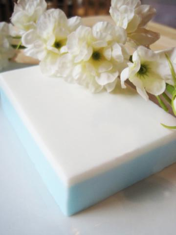 Crisp Cotton french milled bar soap