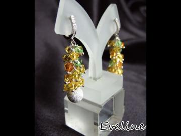 Sterling silver and Genuine Swarovski earring *
