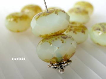 10 pcs Yellow Opal Czech Faceted Rondelle Bead