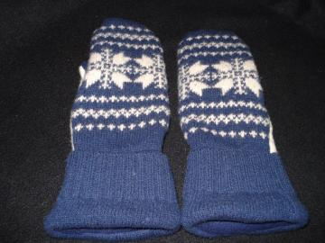 Felted Wool Mittens with Fleece Lining in Navy & Cream