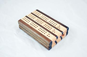 3-Player Travel Cribbage - Peruvian Walnut & Maple