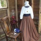 Mountain Man Wedding Dress Attire Civil War Colonial Prairie Pioneer Dress Hat