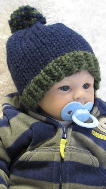 Knitting Pattern - POM-POM Baby Hat - pdf, Permission to sell hats - 3 Sizes