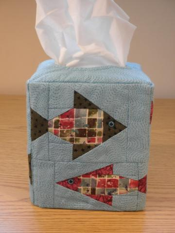 Quilted Tissue Cover - Fish (UNTCA)