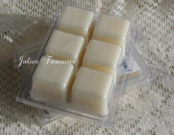 Mistletoe Kisses Wickless Fragrance Cubes Scented Wax Cube Tart Melts