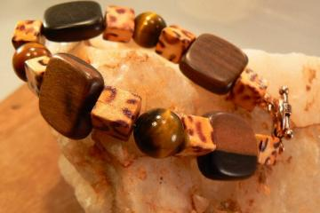 Tigers eye and wood squares bracelet with leopard printed wood cubes