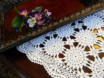 White Crocheted Placemat or Centerpiece in Wagon Wheel Design 3062