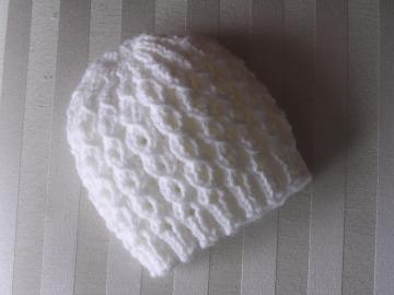 Newborn Cable Hat - White
