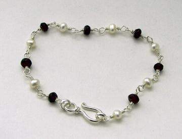 Garnet and White Pearl Bracelet