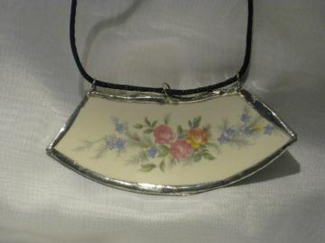 Broken China Pendant - Vintage Floral
